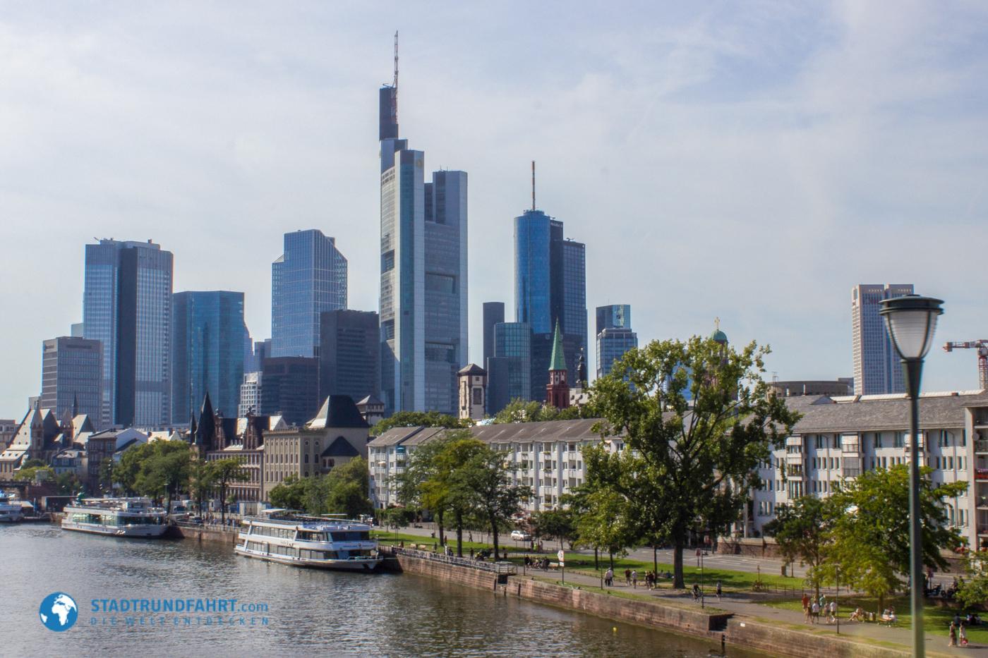 Frankfurt city tour in frankfurt am main for Innenarchitekt frankfurt am main