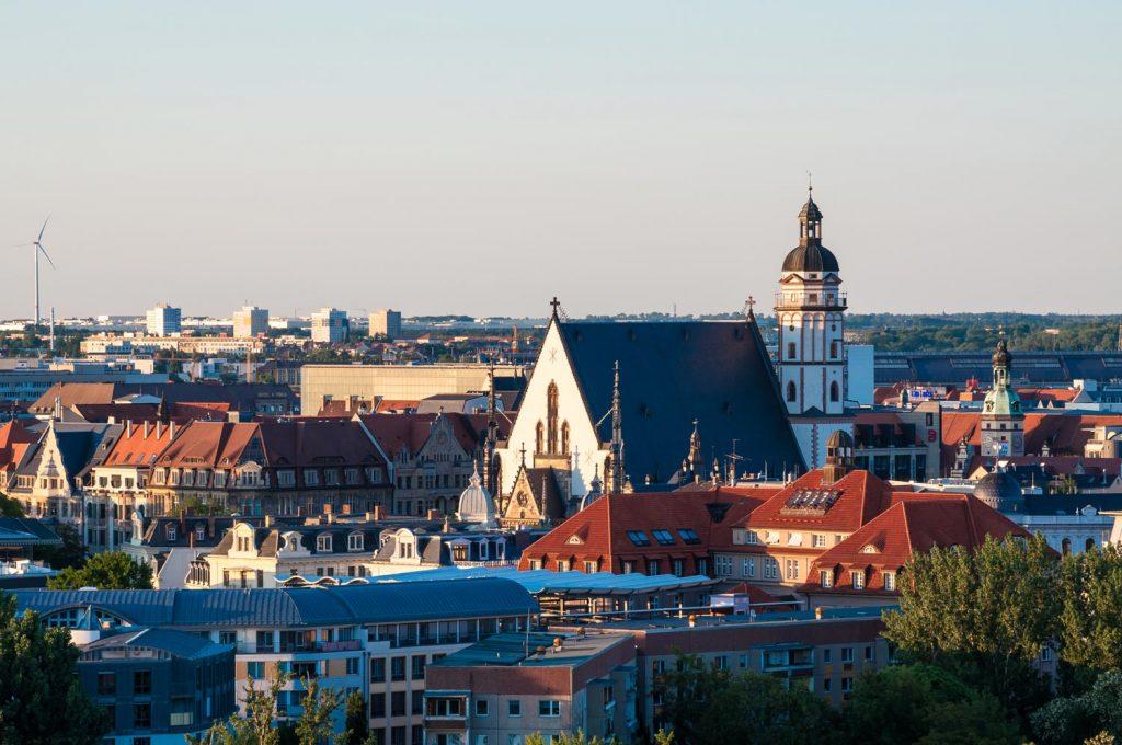 Auch unter den Top 10 Sehenswürdigkeiten in Leipzig: Johann Sebastian Bachs Thomaskirche, Heimat des Thomanerchors.