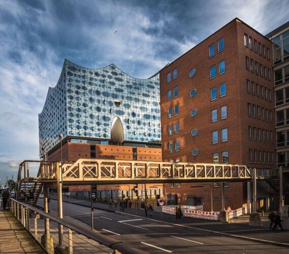 Führung: Rund um Elbphilharmonie & Besuch Plaza - Bild 2