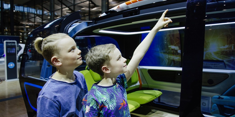KID.s Tour - Familienführung Gläserne Manufaktur VW - Bild 4