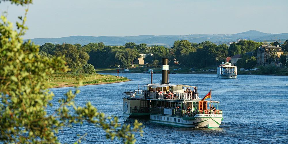 Summer Chillout - Mit Musik und Drinks über die Elbe - Bild 5