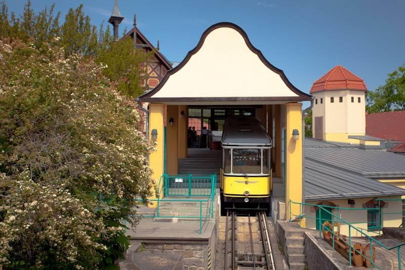 Grosse Entdecker Tour - mit Bus, Raddampfer & Bergbahn - Bild 4