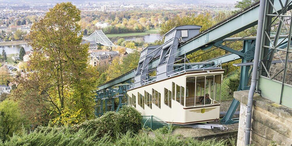 Grosse Entdecker Tour - Bus, Schiff & Bergbahn - Bild 1
