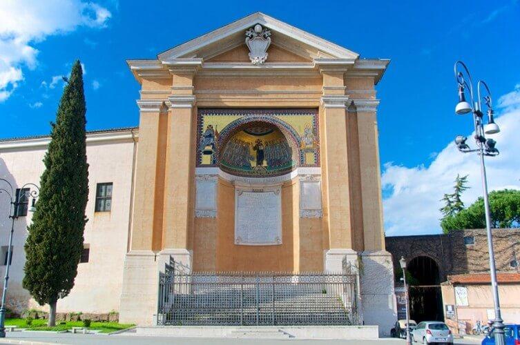 Halbtagestour: Basiliken, Heilige Treppe & Katakomben - Bild 3