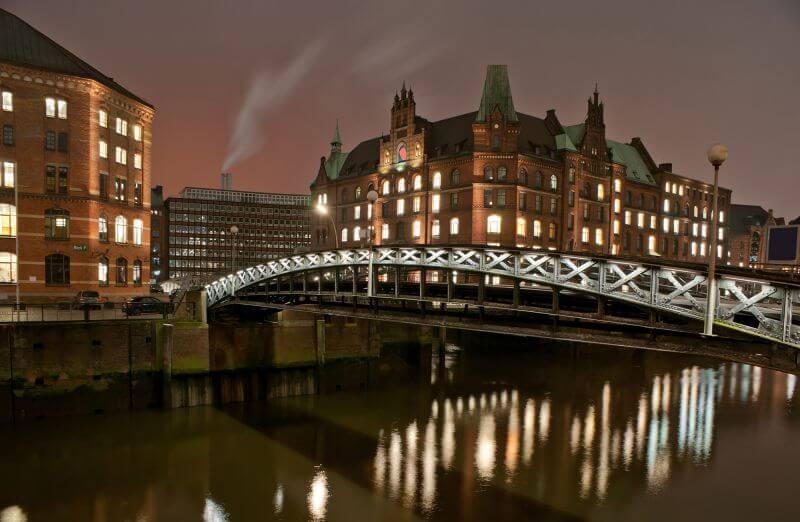 Abendliche Lichterfahrt Hamburg