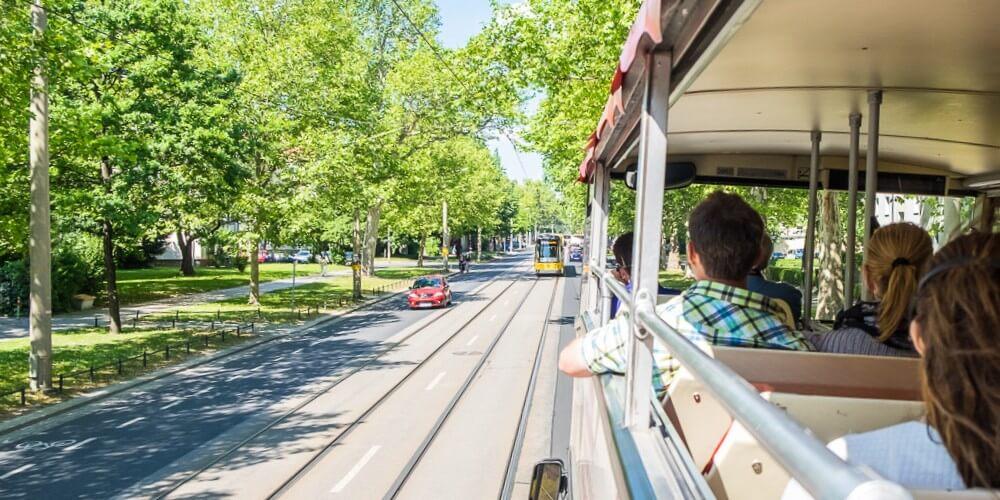 Frühlings-Entdeckertour - 2 Tage Stadtrundfahrt & Elbdampferfahrt - Bild 4