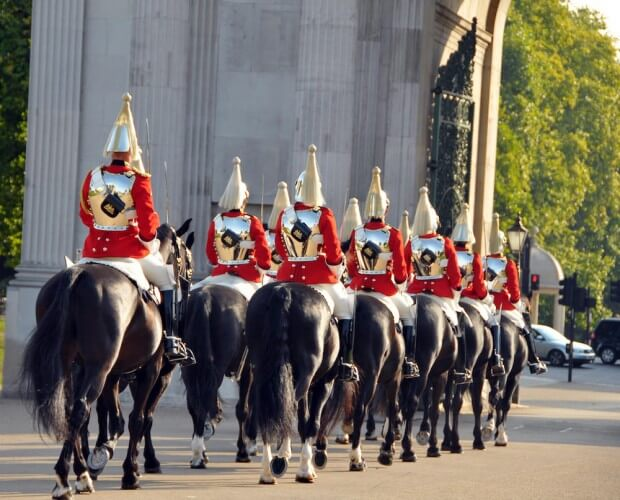 Führung: Wachablösung am Buckingham Palace - Bild 4