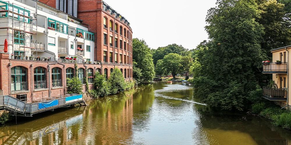 Geführte Kanalfahrt zum Lindenauer Hafen - Bild 1