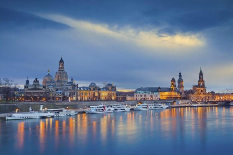 Abendfahrt - Schifffahrt über die Elbe - Bild 3