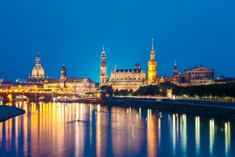 Abendfahrt - Schifffahrt über die Elbe - Bild 4