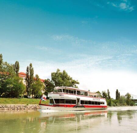 Stadtrundfahrt + Donauschifffahrt - 72 Std. Ticket
