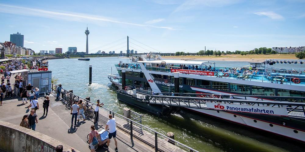 Panoramarundfahrt auf dem Rhein - Bild 1