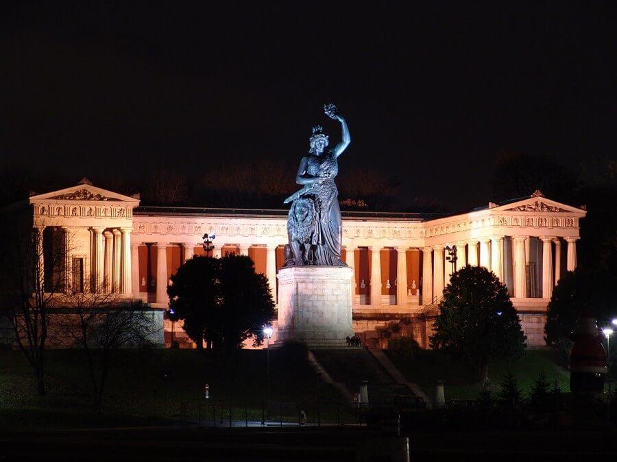 München bei Nacht - Bild 4
