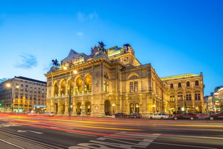 Wien bei Nacht - Bild 1