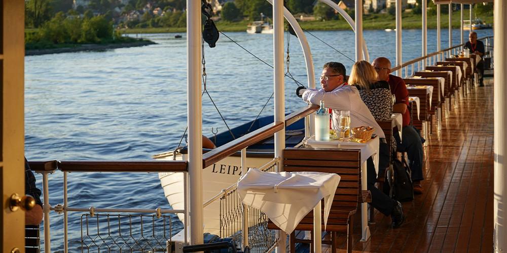 Summer Chillout - Mit Musik und Drinks über die Elbe - Bild 3