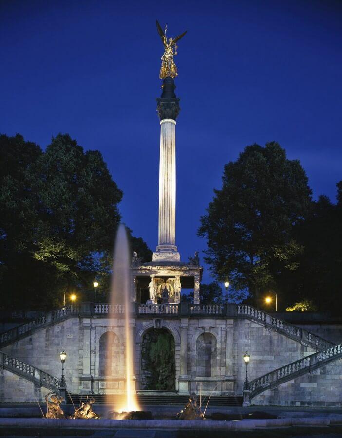 München bei Nacht - Bild 5