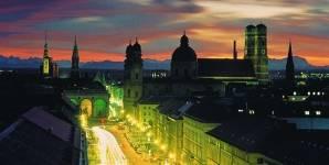 München bei Nacht - Bild 1