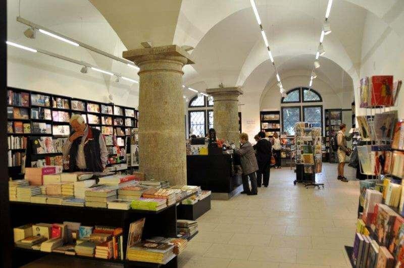 Buchhandlung im Residenzschloss