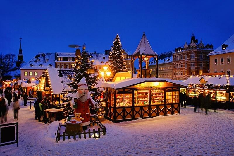 Annaberger Weihnachtsmarkt-Traditionelle Bergmannsweihnacht im Erzgebirge